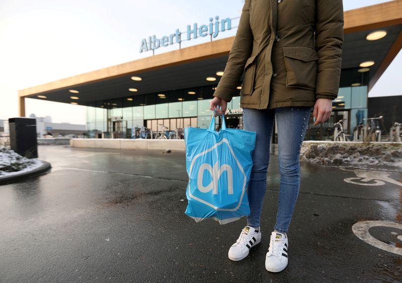 Online Sales Help Ahold Achieve Quarterly Profit with 3% Rise