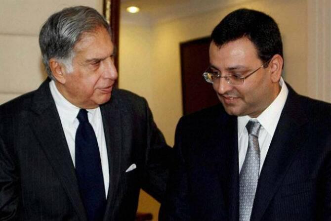 Tata , Mistry fight over a $13 billion valuation contrast